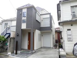 横浜市港北区仲手原の家の外観