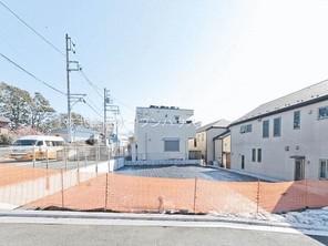 横浜市神奈川区白楽の宅地の外観