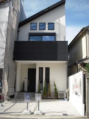 名古屋市千種区城木町の家の外観