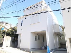 横浜市南区南太田の家の外観