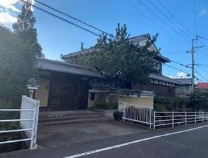 滋賀県栗東市安養寺4丁目の外観