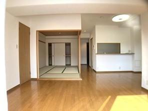 西宮名塩東山グリーンマンションの外観