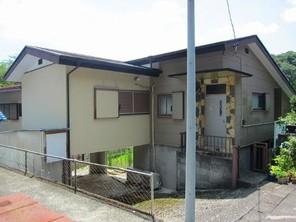 伊東青葉台 駅・スーパー・病院等が徒歩圏内に揃った、温泉権付き中古戸建の外観