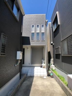 東大阪市鳥居町中古戸建の外観