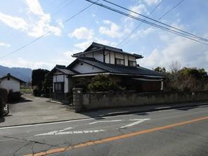 須坂市野辺中古住宅の外観