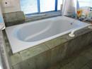 伊東市川奈 地下車庫付き!桜を望む3階建住宅の浴室