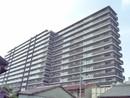 ライオンズ若江岩田ステーションプラザの外観