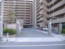 キングマンション新淀川 の駐車場