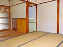 京都府城陽市枇杷庄島ノ宮のリビング以外の居室