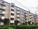 京王山田マンションB棟の外観