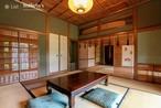 日本の文化と伝統が息づく私邸の内観