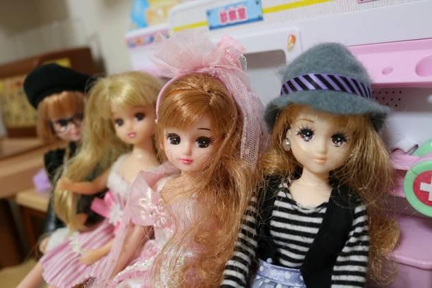 0314728a67f 「リカちゃん収納」もダイソーとセリアが解決!服も小物も楽しく片付くアイデア集