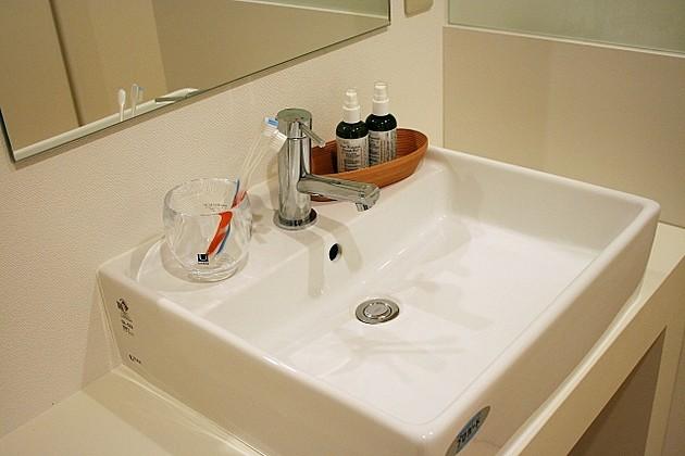 4223a74d498 無印良品と100均で無敵!インスタ達人の「#洗面所収納アイデア30選」美しくて家事効率アップ