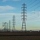 影響はある?高圧線・送電線・鉄塔の近くに住むメリット・デメリット