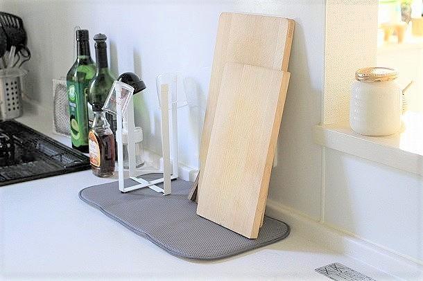 水切りマットでキッチンがスッキリ!吸水マットの便利な使い方まとめ