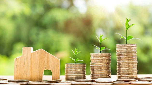 お得なのはどっち?住宅ローンの返済方法「元利均等返済」と「元金均等返済」で返済額に100万円の差も