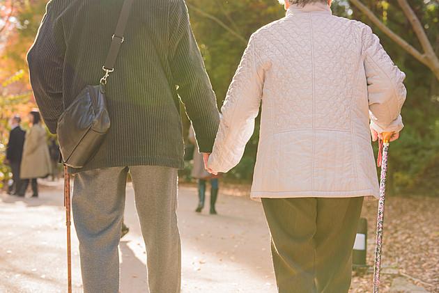今増えつつある「熟年再婚」の相続トラブル!回避法を税理士が解説