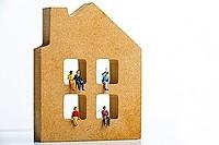 不動産は共有しないのが鉄則!?「分割できない財産がある場合」の分割方法を税理士が解説