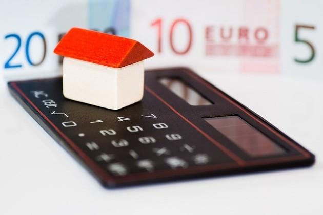 住宅ローン控除は年末調整?それとも確定申告?必要な手続きを解説
