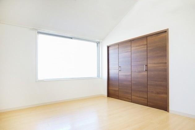 不動産売却時の引っ越しのタイミングはいつ?費用や手続きも解説