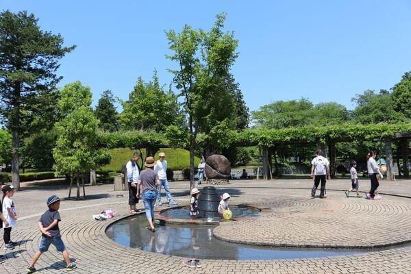 大地の広場