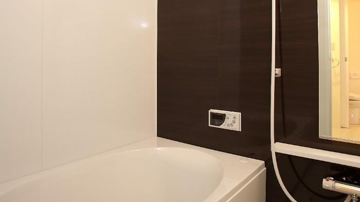 お風呂の温度は何度で入るのが健康に良い?
