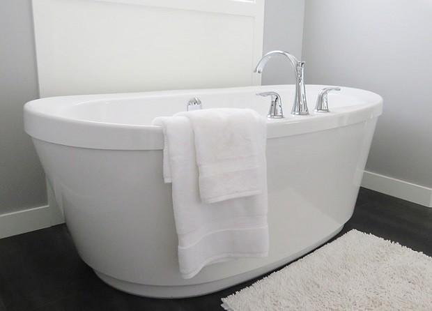 その1:お風呂の残り湯は「入れ替え」まで流さない
