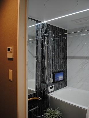 TVモニター付き(オプション)の浴室