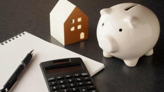病気、リストラ、減給で返済できない? 住宅ローンを延滞・滞納するとどうなる?
