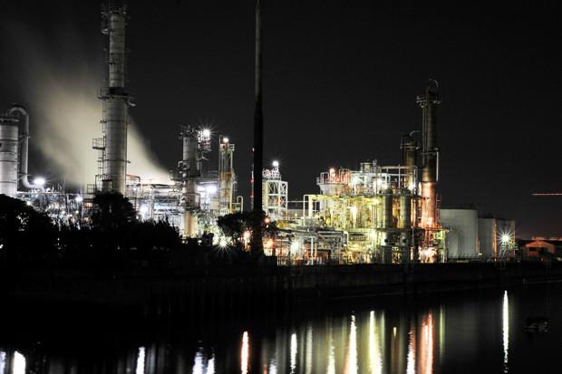 日本屈指の工場夜景と地場産業が魅力「三重県四日市市」